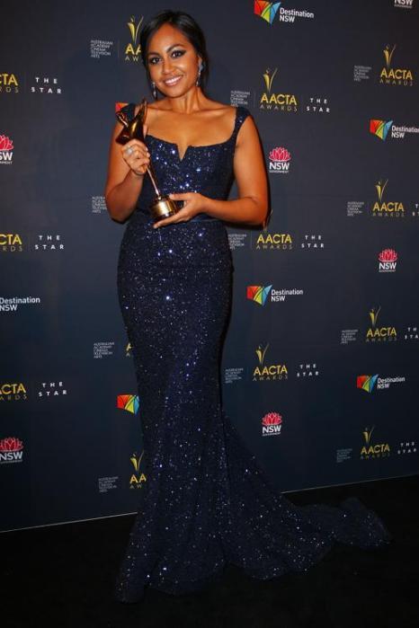 Джессика Мэйбой (Jessica Mauboy), певица и актриса из Австралии, на церемонии вручения премии AACTA в Сиднее, 30 января 2013 года. Фото: Lisa Maree Williams / Getty Images