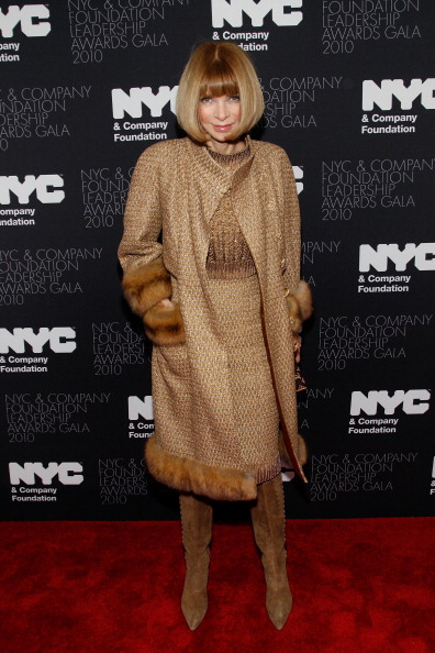 Наряды гостей на торжественной встрече NYC & Company в Нью-Йорке, 1 декабря 2010, Нью-Йорк, США.   Фото: Mark Von Holden/Getty Images