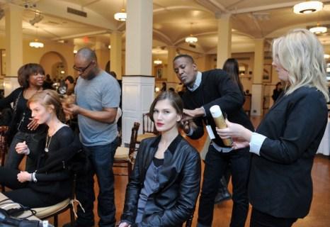 Перед показом коллекции Oscar De La Renta  2011, 6 декабря 2010 г., Нью-Йорк. Фото: Slaven Vlasic/Getty Images