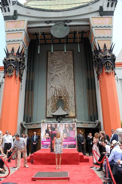 Фоторепортаж. Дженнифер Энистон на Аллее славы в Голливуде. Фото: Frazer Harrison/Getty Images Entertainment