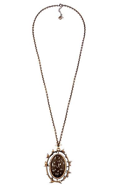 Ювелирные украшения Christian Dior осень-зима 2011-2012. Фото предоставлено AbNovki