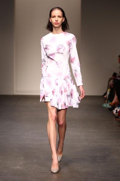 Фоторепортаж. Коллекция Christopher Esber на Австралийской неделе моды весна-лето 2011/12. Фото: Mark Nolan/Getty Images Entertainment