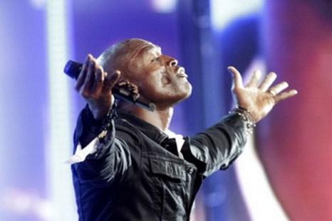 Гость конкурса «Новая волна-2011» звезда британской эстрады и трехкратный завоеватель престижного приза Grammy Seal. Фото с сайта apollo.lv