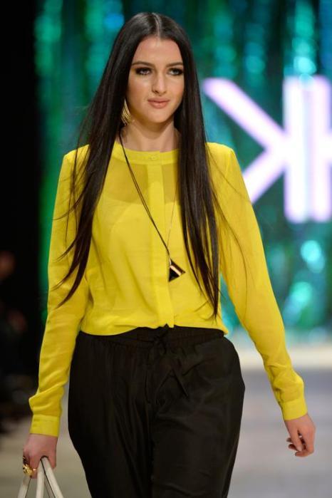 Вчера, 23 августа 2013 года, три сестры Кардашьян: Ким, Кортни и Хлое, представили новую линию одежды и аксессуаров Kardashian Kollection на Фестивале моды Mercedes-Benz 2013 в Сиднее, Австралия. Фото: Stefan Gosatti/Getty Images