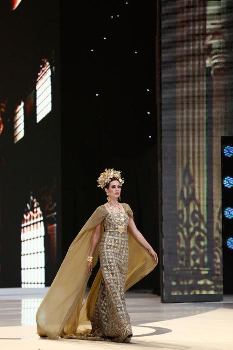 Представительницы 130 стран прошлись по подиуму в рамках международного конкурса красоты Мисс мира 2013 на индонезийском острове Бали 24 сентября 2013 года. Фото: Putu Sayoga/Getty Images