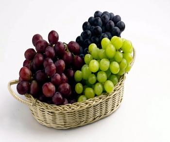 Виноград. Фото с photos.com
