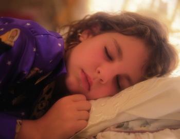 Во время сновидений, воспоминания активизируются и интегрируются, в то время как стрессовые нейрохимические вещества благотворно подавляются. Фото: Photos.com