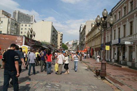 На Арбате всегда много туристов. Здесь будет постоянное видеонаблюдение. Фото: Moreorless/wikimedia.org