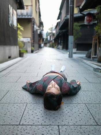 Продолжительность летаргического сна - от нескольких часов до нескольких дней и даже недель. Фото: flashfilm/Getty Images