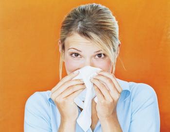 Согласно исследованиям, от той иной формы аллергии сегодня страдает примерно каждый третий житель нашей планеты. Фото: Pando Hall/Getty Images