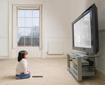 В Великобритании подсчитали, что нынешний ребёнок из шести лет жизни проводит один год перед экраном. Фото: Mike Harrington/Getty Images