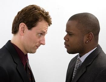 Среди тех, у кого сильно выражено стремление к соперничеству, на 40 % повышен риск утолщения стенок сонной артерии. Фото; Photos.com