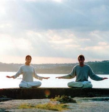 Медитация была частью философских и созерцательных методов развития в течение тысяч лет. Фото: faluninfo.net