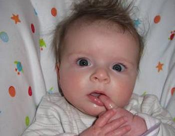 Интересно, какие решения могут принимать младенцы. Так как у них нет опыта, им должны быть известны другие пути принятия благоприятных решений, которые они продемонстрировали во время исследований. Фото: Steffi Pelz/Pixelio