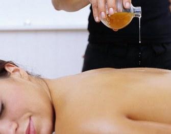 Аромамасла - великолепное средство для массажа