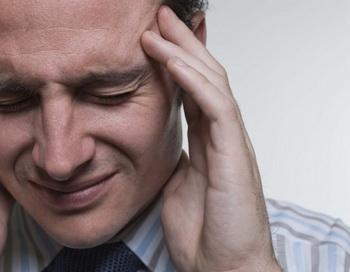 Двадцать процентов населения Великобритании страдают от мигрени. Новый метод лечения с помощью портативного магнитного устройства показал положительные результаты в клинических испытаниях. Фото: Jupiterimages/photos.com