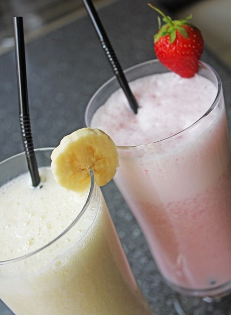 Самый нежелательный и вредный напиток для детей — молочный коктейль. Фото: Mate Marschalko/flickr.com