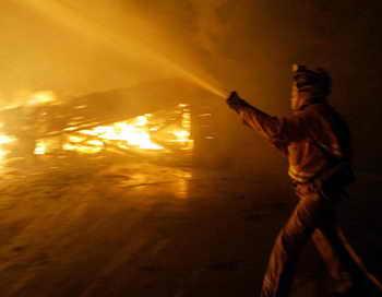 Во время тушения пожара в городе Ярнелл штата Аризона погибли 19 пожарных, судьба шестерых неизвестна, 22 получили ожоги. Фото: ROBYN BECK/AFP/Getty Images