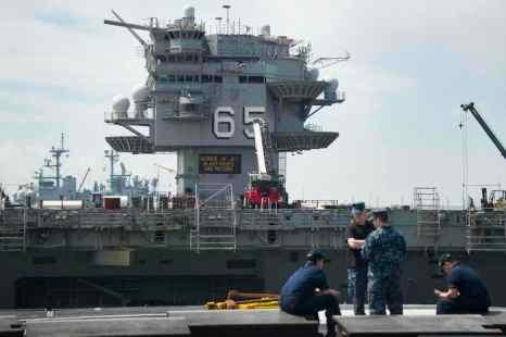 Атомный авианосец «Энтерпрайз» CVN- 65 прибыл в Норфолк на утилизацию. Фото: JIM WATSON/AFP/Getty Images