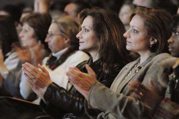 Зрители наслаждаются представлением Shen Yun в театре «Белл» в Огасте (Джорджия, США). 19 декабря 2009 г. Фото: Рене Ло /Великая Эпоха