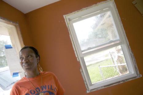 Новый Орлеан спустя пять лет после урагана «Катрина». Тогда и теперь. Шейрн Уильямс посещает дом, который она приобрела. Фоторепортаж. Фото: ROD LAMKEY JR/AFP/Getty Images