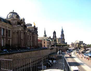 Вид на Дрезден с террасы Брюля. Фото: Ирина Рудская/The Epoch Times