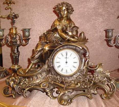Выбираем настенные часы. Фото с vippodarki.su