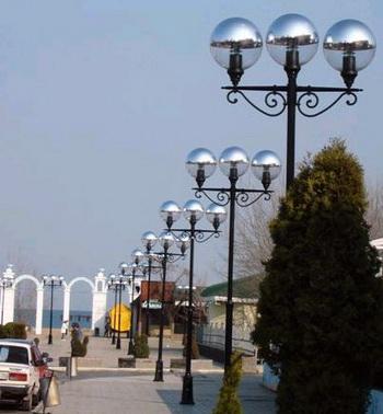 Опоры огк для уличного освещения. Фото с allfresco.ru