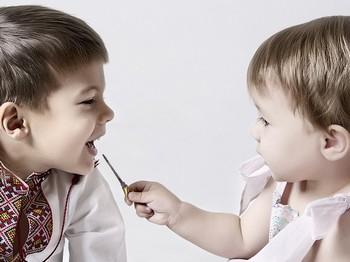 С самого начала мальчики и девочки развиваются по-разному. Фото с prodetei.com
