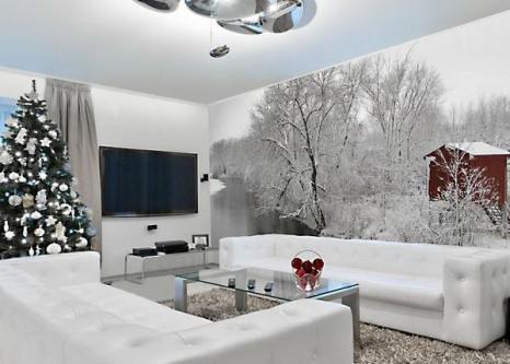 Настенные фрески являются дизайнерским трюком, способным полностью изменить внешний вид комнаты. Представьте себе идиллический заснеженный пейзаж, как фон для елки в этом году. (АРА)
