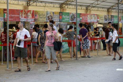 В Сингапуре проходит первый всемирный конгресс уличной еды с 31 мая по 9 июня 2013 г. Фото: Suhaimi Abdullah/Getty Images
