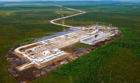 Открытие выставки «Нефть и газ. Топливно-энергетический комплекс». Фото с tyumen.er.ru