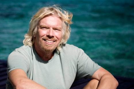Ричард Брэнсон – британский магнат, сэр, рекордсмен или просто Доктор ДА.  Фото с сайта entrepreneur.com