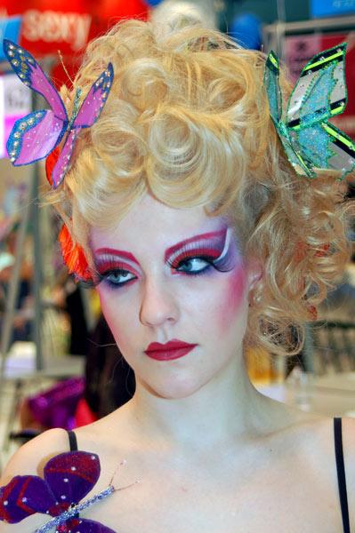 Фантазийное двоеборье. Женские парикмахеры. Фото: Ирина Оширова/Великая Эпоха