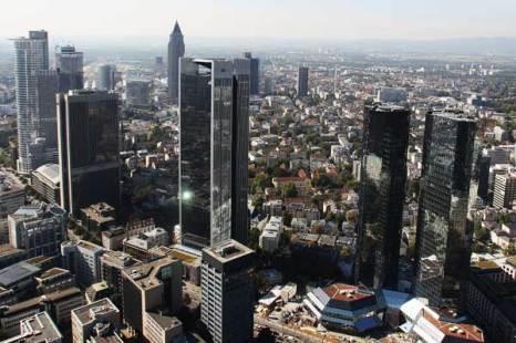 Франкфурт – финансовый центр Германии.  Фото: Alex Grimm/Getty Images