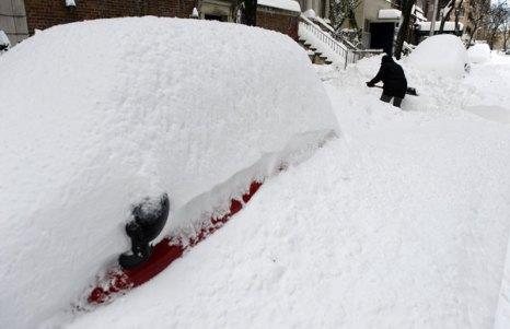 Занесенный снегом Нью-Йорк. Фото: TIMOTHY A. CLARY/AFP/Getty Images