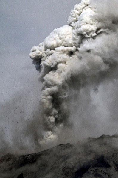 Извержение вулкана Tungurahua в Эквадоре. Фото: Pablo COZZAGLIO/AFP/Getty Images