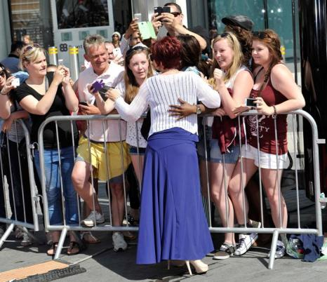 Шарон Осборн прибыла на прослушивания шоу талантов «X-фактор» в Лондоне 15 июля 2013 года. Фото: Gareth Cattermole/Getty Images