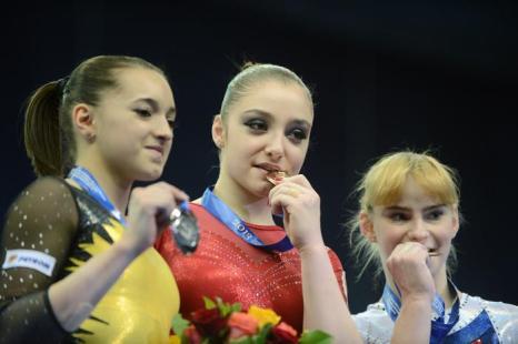 Россияне стали чемпионами в многоборье на Чемпионате Европы. Фото: NATALIA KOLESNIKOVA/AFP/Getty Images