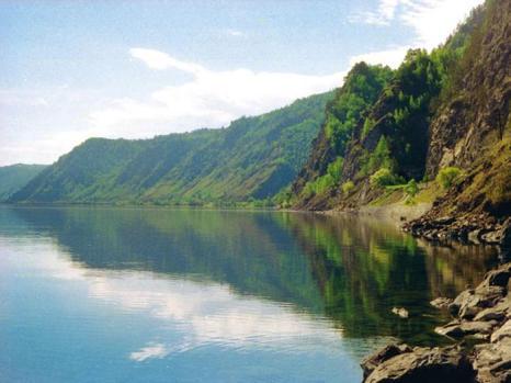 Озеро Байкал. Фото с сайта restbaikal.ru