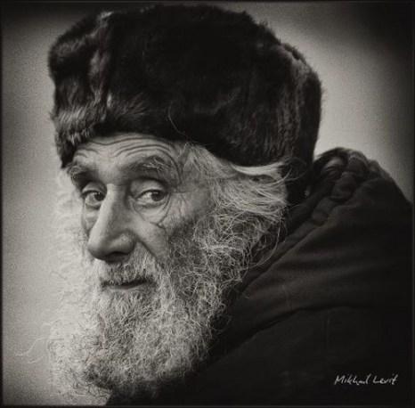 Уличные портреты Михаила Левита
