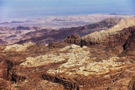 Петра – город, высеченный в камнях на территории сегодняшней Иордании причислен к одному из новых чудес света. Фото: Adam Pretty/Getty Images