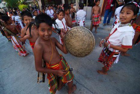Этническая группа игорот празднует Ланг Ай – годовщину основания Горной провинции на острове Лусон в Филиппинах 6 апреля 2013 г. Фото: Dondi Tawatao/Getty Images