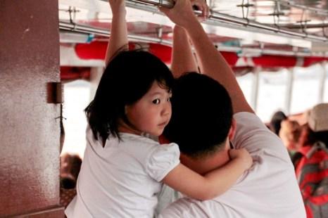 Пассажиры речного трамвая. Фото: Николай Карпов/Великая Эпоха (The Epoch Times)