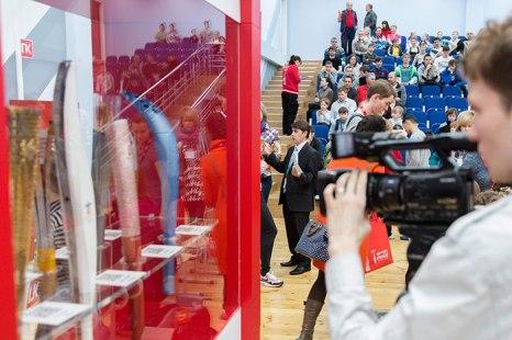 Открытие выставки «Coca-Cola. Пронеси Олимпийский огонь. Вливайся!». Фото: Николай Ошкай/Великая Эпоха (The Epoch Times)