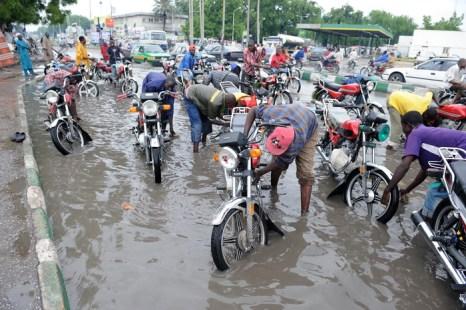 Наводнение в Нигерии в июле 2010 года. Фото: PIUS UTOMI EKPEI/AFP/Getty Images