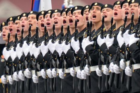 День Победы в Москве. Парад на красной площади. Фоторепортаж. Фото: KIRILL KUDRYAVTSEV/AFP/GettyImages