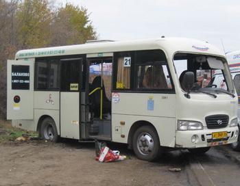 В результате крупного ДТП в Саратове погибли дети. Фото РИА Новости