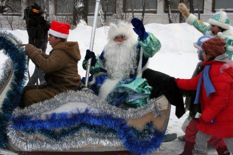 Приезд Деда Мороза. Фото: Оксана Торбеева/Великая Эпоха (The Epoch Times)