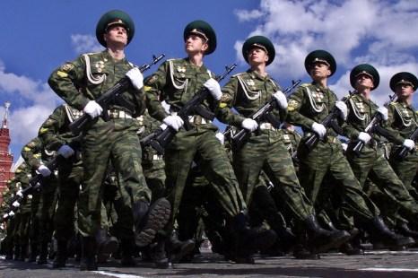Москва готовится к параду Победы. Фото: Tatayana Makeyeva/Getty Images